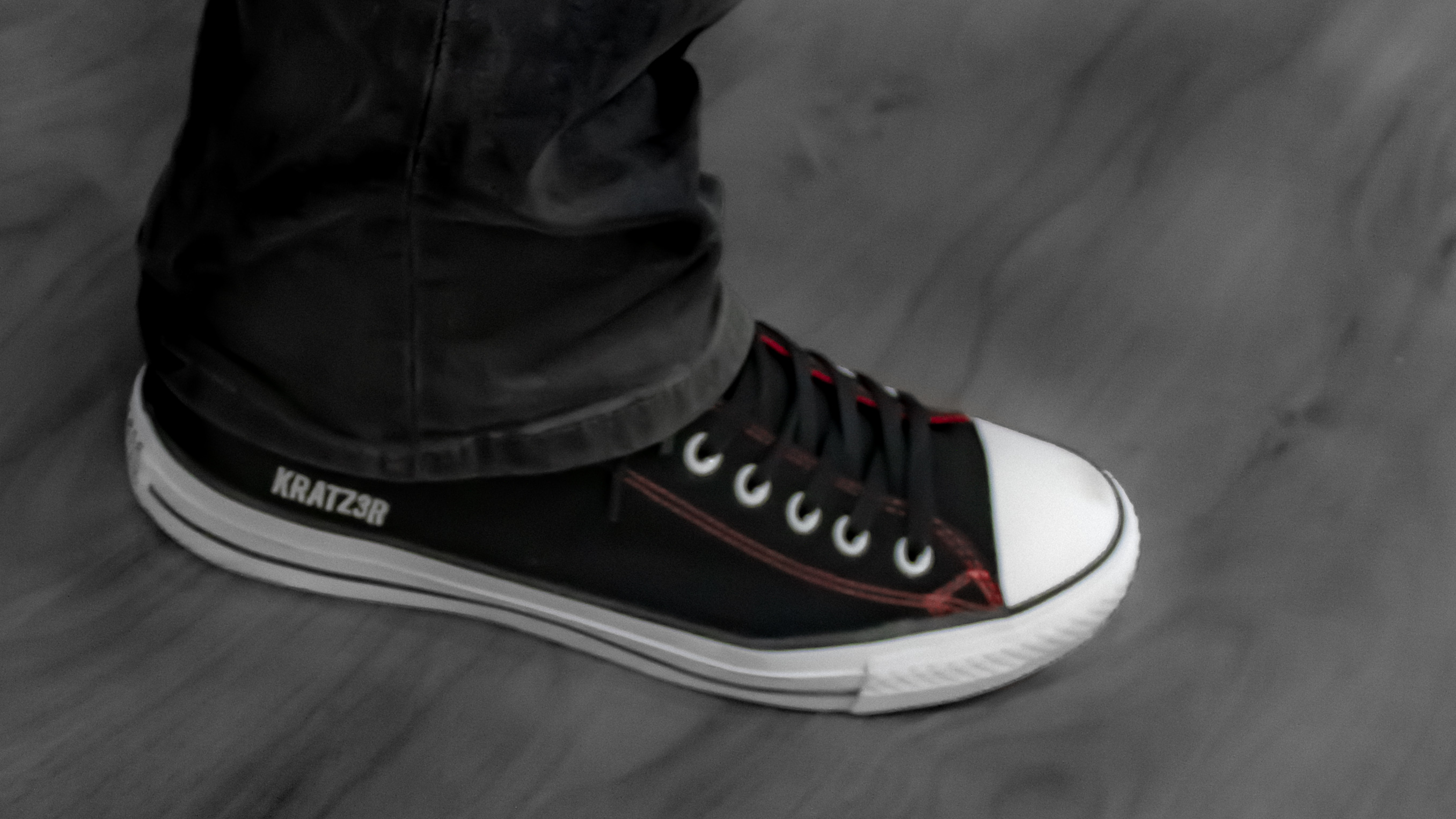KRATZ3R branded Chucks